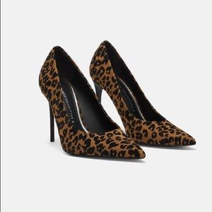 NWT ZARA Printed High Heeled Shoes Leopard